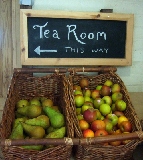 This way to the tearoom
